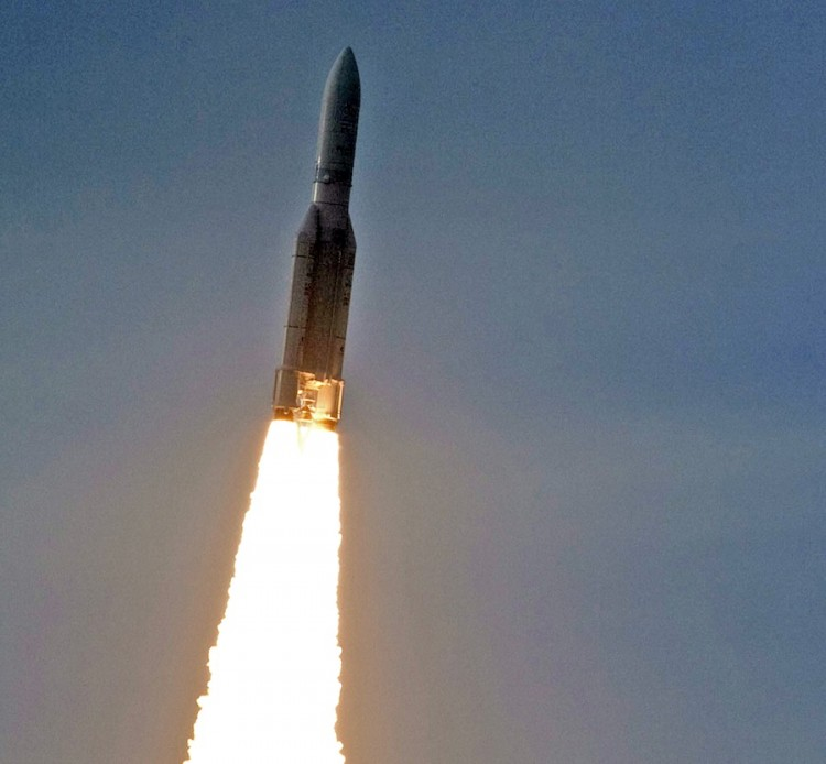 INFORMATION PAYLOAD: A rocket carries Chunghwa Telecommunications's ST-2 satellite into orbit, on May 20 in French Guiana. Chunghwa seeks to prevent NTD AP from using ST-2 to continue broadcasting uncensored news and information into China. (Jerome Valette/Getty Images )