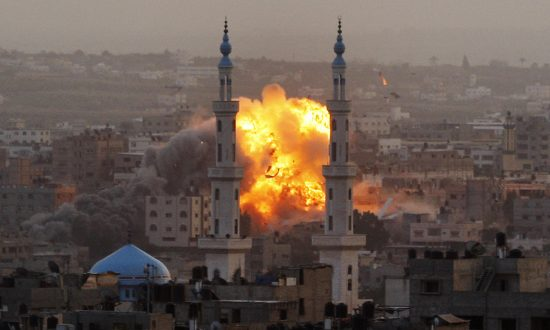 Life and War in Gaza as Seen by Award-Winning Photographer Hatem Moussa