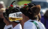 Happy Oktoberfest! Tapping into the Health Benefits of Organic Beer