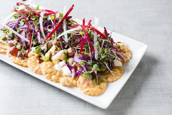 Papadi Chaat (an Indian version of nachos and salsa). (Samira Bouaou/Epoch Times)
