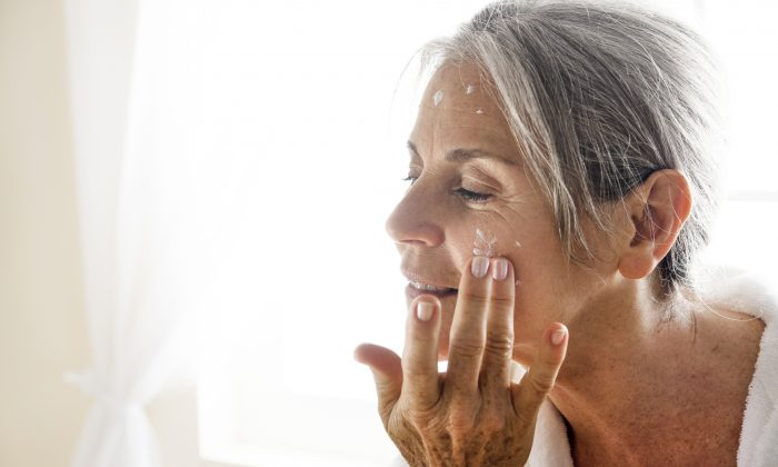 You need to take special care of your skin during cancer treatments. (STEFANOLUNARDI/iStock)