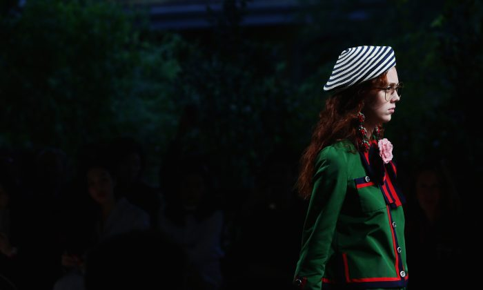 MILAN, ITALY - SEPTEMBER 23:  A model walks the runway during the Gucci fashion show as part of Milan Fashion Week  Spring/Summer 2016 on September 23, 2015 in Milan, Italy.  (Photo by Vittorio Zunino Celotto/Getty Images)
