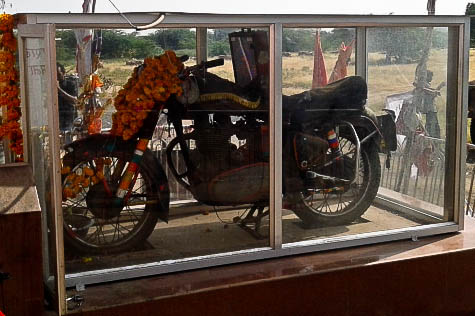 Om Banna's motorcycle. (Sentiments777/CC BY-SA)