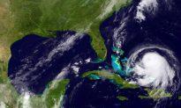 Hurricane Joaquin Gains Force Near Bahamas, Heads Toward US