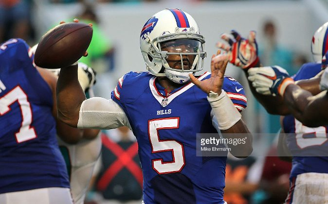 Tyrod Taylor #5 of the Buffalo Bills passes during a game against the Miami Dolphins at Sun Life Stadium on September 27, 2015 in Miami Gardens, Florida.