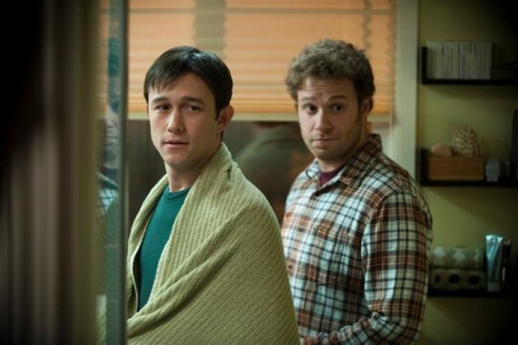 (L-R) Joseph Gordon-Levitt and Seth Rogen shown as best friends whose lives are changed by a cancer diagnosis in the dramatic comedy '50/50' (Chris Helcermanas-Benge/ Summit Entertainment, LLC.)