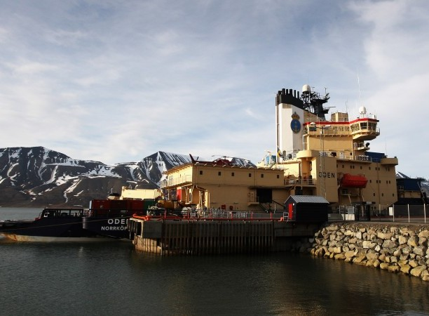 The Icebreaker Oden prepares to head out to sea on June 21, 2008 in Longyearbyen, a town on the Svalbard islands. (Chiis Jackson/Getty Images)