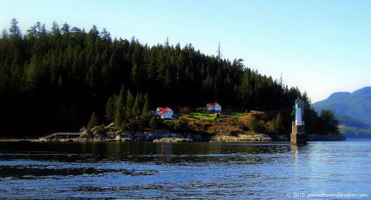 Chatham Point lighthouse on northern Vancouver Island. The service provided by keepers at lighthouses in B.C. and Newfoundland is currently being reviewed by a Senate committee. (themediasalon.com)