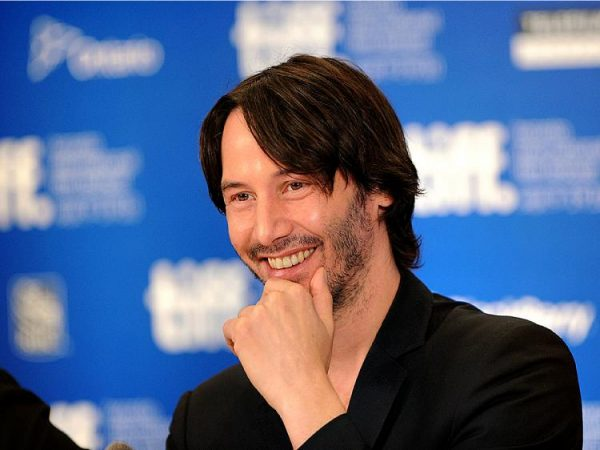 Keanu Reeves speaks at a 'Henry's Crime' press conference
