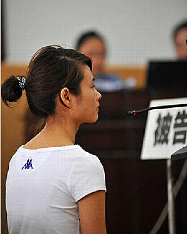 Deng Yujiao at the June 16 court hearing. (The Epoch Times)