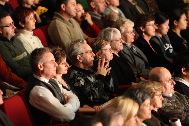 Captivated audience members at a Divine Performing Arts show in Ottawa on the weekend, a few of the more than 12,000 who took in the performances at sold-out venues in Ottawa and Kitchener, Ont. this week. The Divine Performing Arts 2009 World Tour begins (Evan Ning/The Epoch Times)