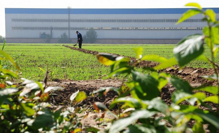 The urban-rural income disparity has risen sharply over the years.  (Getty Images)