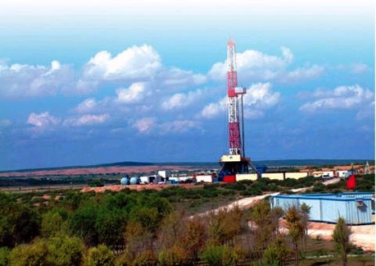 The oil and gas production facility in Uushin Banner, Inner Mongolia. (Photo from SMCOCA)