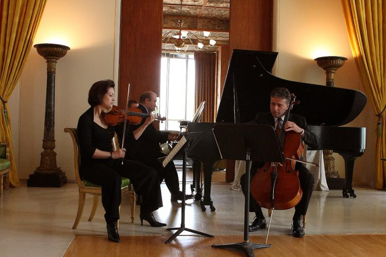 EXTRAORDINARY MUSIC JOURNEY: The Gryphon Trio, artistic directors of the 2009 Ottawa International Chamber Music Festival, performing at the festival launch on May 20. From left to right are violinist Annalee Patipatanakoon, pianist Jamie Parker, cellist Roman Borys. (Samira Bouaou/The Epoch Times)