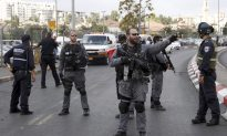 Palestinians Stab Israelis in 2 Jerusalem Attacks