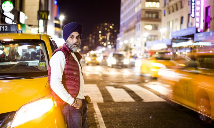 Jaswinder Singh, an individual medallion owner, in Manhattan, New York, on Oct. 7, 2015. Ever since his driver left him for Uber 13 months ago, he has been behind on mortgage payments, and is on the verge of losing his medallion and his house. (Samira Bouaou/Epoch Times)