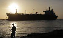 Shale Boom Raises Specter of New Glut: Gulf Coast Oil Terminals