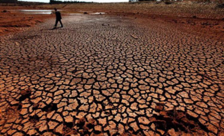 A waterless reservoir in Green Pool Dame at Shilin County, Kunming City, Yunnan Province on February 2. (Getty Images)