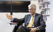 Former Top Regulator: Mainstream Economics Doesn't Understand Banks