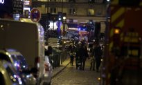 Paris Terror Attack Live Updates: Bomb Explosions, Shootings Leave Over 100 People Dead