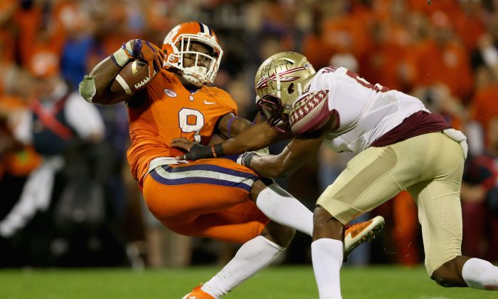 Wayne Gallman (L) and Clemson have yet to lose this year, though they nearly fell to Jalen Ramsey and Florida State. (Streeter Lecka/Getty Images)