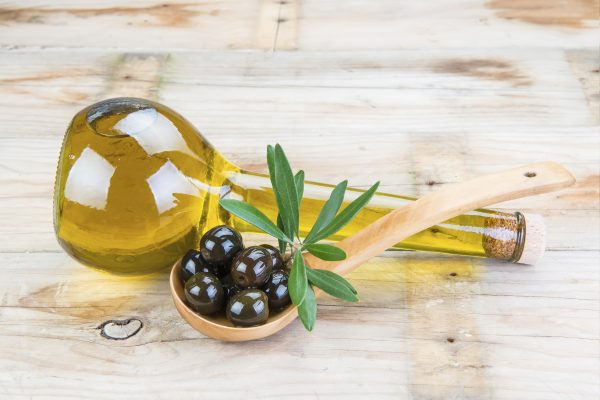 Heart disease Reduction food :Olive oil