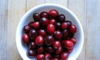 In Honor of Thanksgiving: 4 Health Benefits of Cranberries