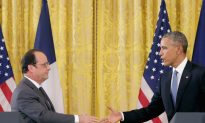 French President to Visit Moscow for Terrorism Talks