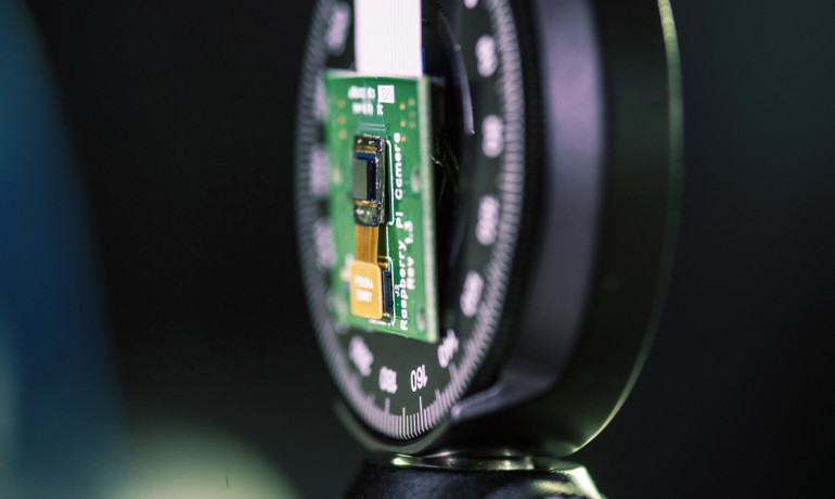 Camera Prototype Is Thinner Than a Dime
