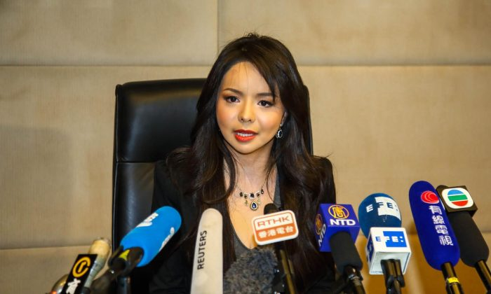 Miss World Canada holds a press conference at the Hong Kong Regal Airport Hotel on Nov. 27. (Pan Zaishu/Epoch Times)