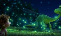 Movie Review: 'The Good Dinosaur' Helps Toddlers Stamp Out Fear of Life!