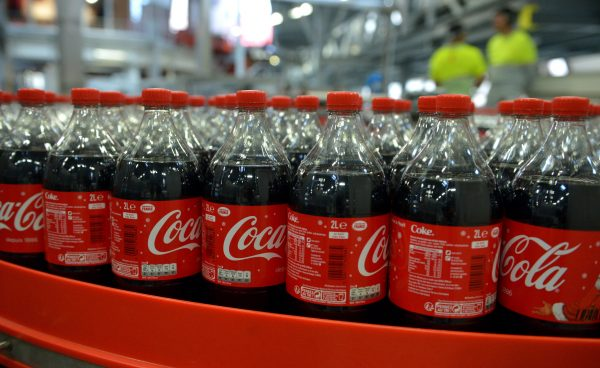 Two fizzy drinks each day 'boost early-death risks'