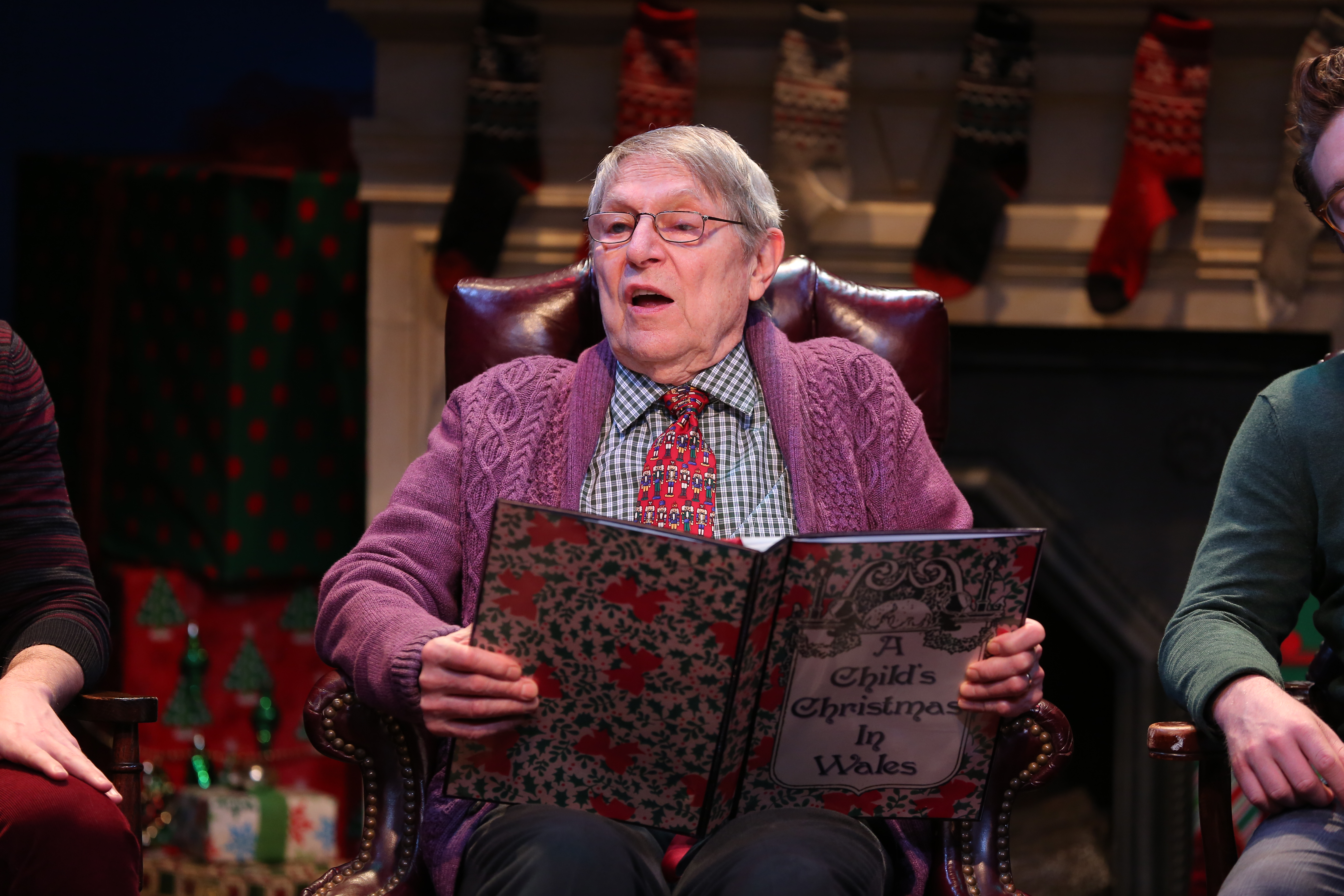 Theater Review: 'A Wilder Christmas'