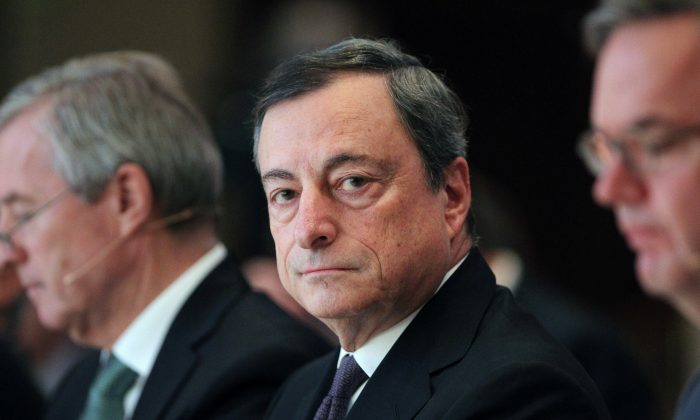 Mario Draghi, President of the European Central Bank (ECB), attends the European Banking Congress in Frankfurt am Main on November 20, 2015.  DANIEL ROLAND/AFP/Getty Images)