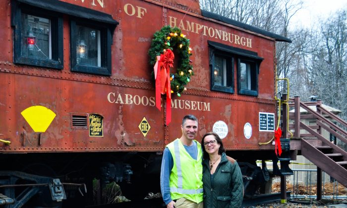 Train Toys For Tots : Operation toy train picks up toys for tots in campbell