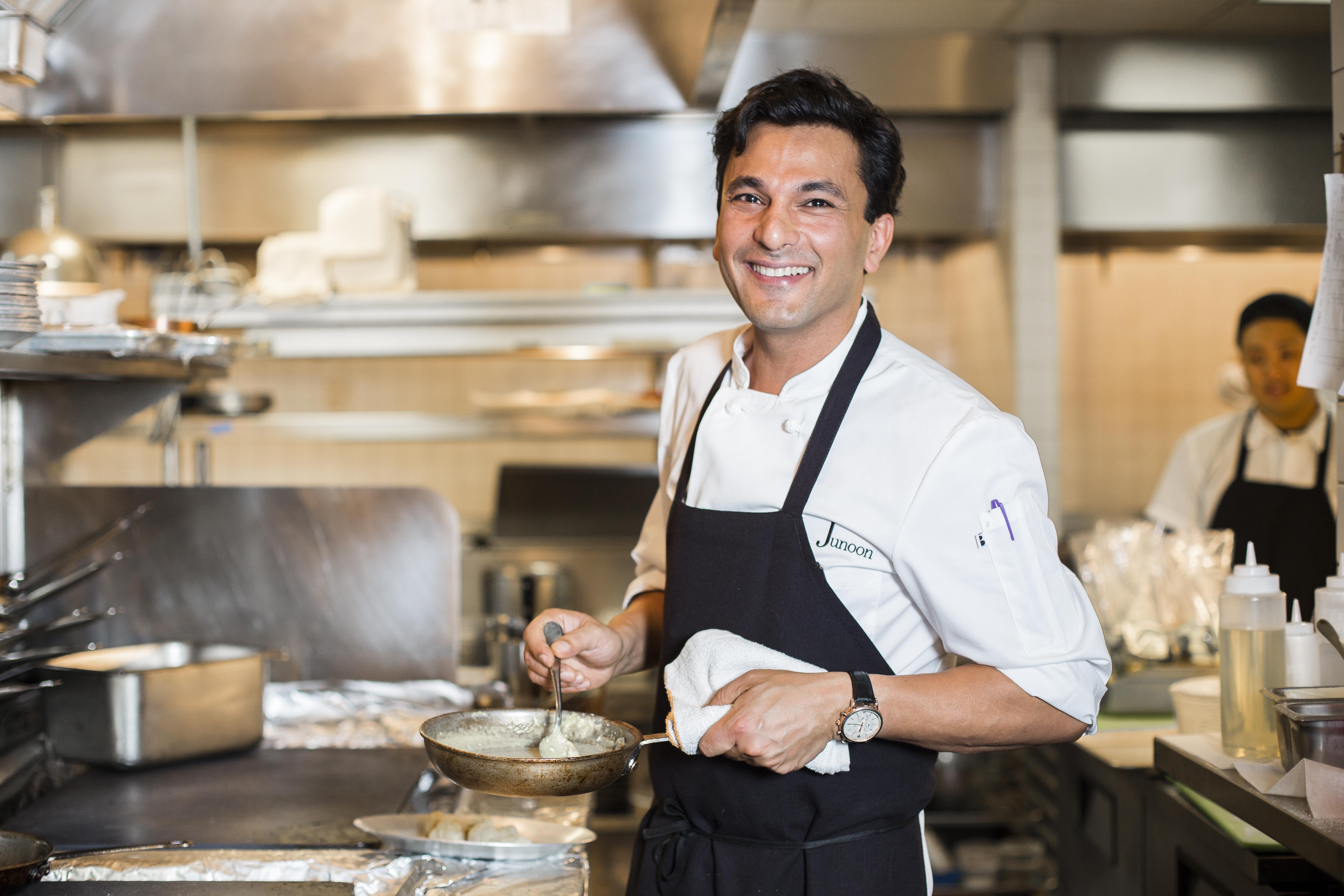 Chef Vikas Khanna. (Samira Bouaou/Epoch Times)