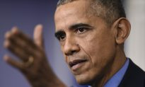 Obama Says Donald Trump Is Exploiting 'Blue-Collar' Fears in Campaign