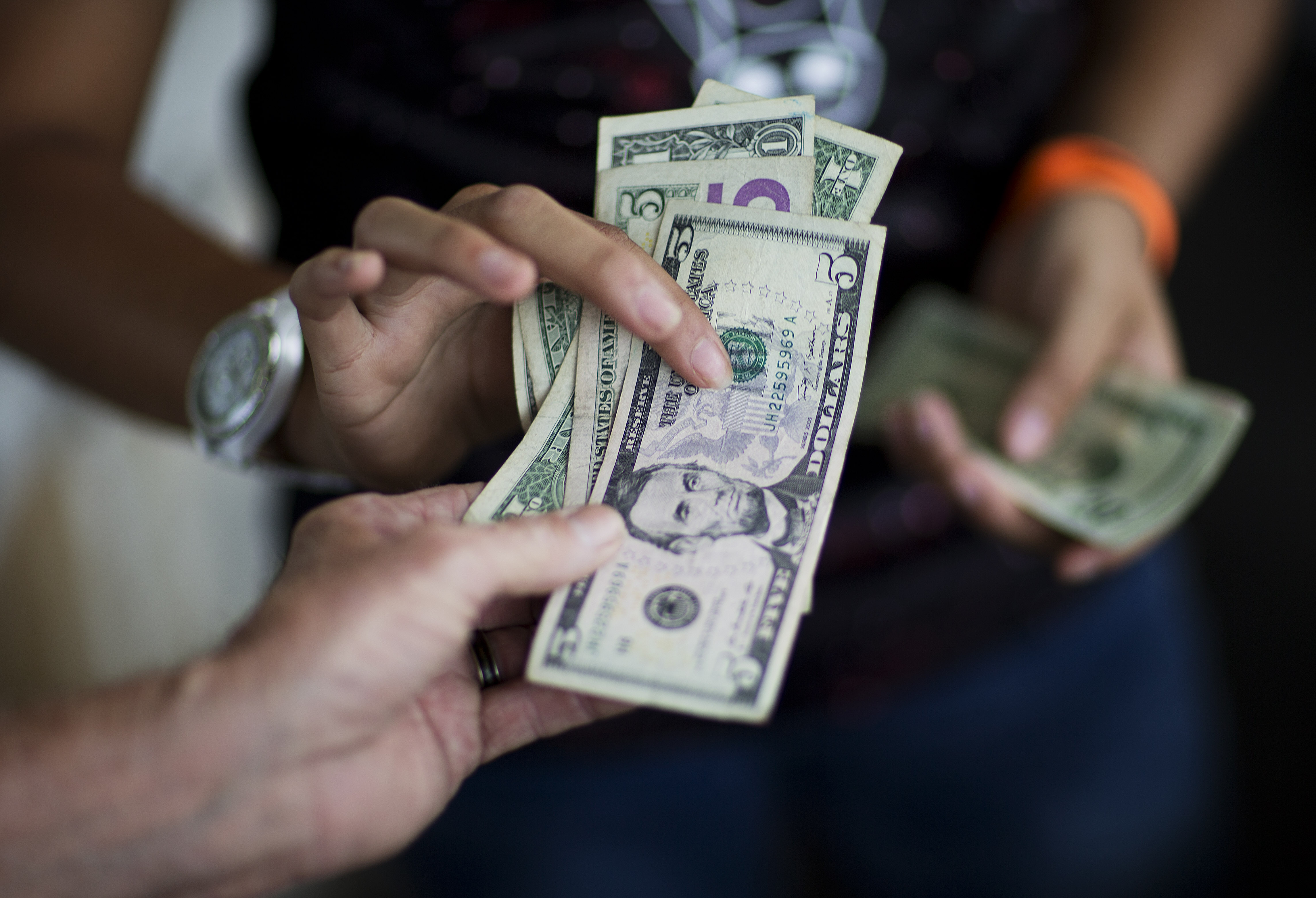 What 2016 Will Do to Your Checkbook: Rent, Food, Gas, Raises