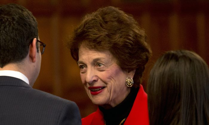 FILE - This Feb. 17, 2015 file photo shows former Chief Judge Judith Kaye during the State of the Judiciary at the Court of Appeals in Albany, N.Y. Kaye, the first woman appointed to New Yorks top court and later its chief judge, died Wednesday Jan. 6, 2016, the state court system said. The cause of her death wasnt initially available. (Mike Groll/AP Photo)