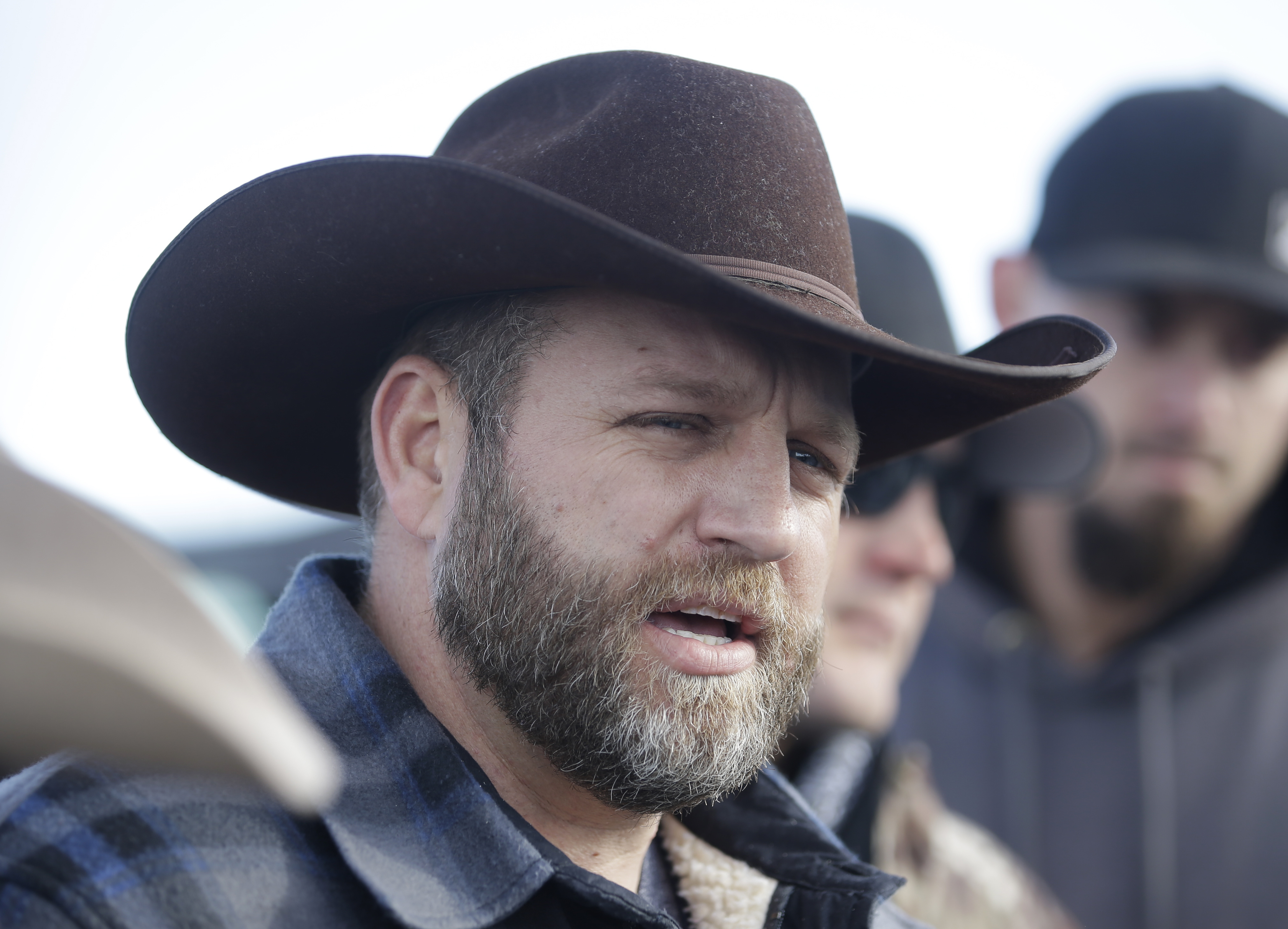 Eyewitnesses Say Oregon Militiaman Shot Dead by Police 'Had His Hands in the Air'