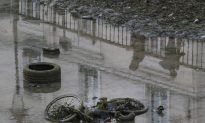 Canal Saint-Martin, Paris Waterway, Emptied to Be Cleaned for 1st Time in 15 Years