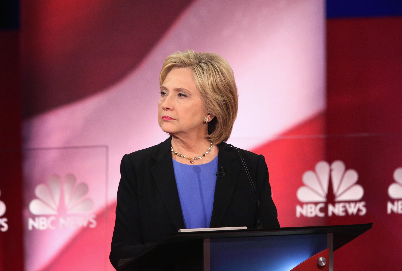 Clinton Gets Backlash for 'No Individual Too Big to Jail' Tweet