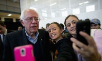 Californian Supporters Advocate for Sanders Before Iowa Primary