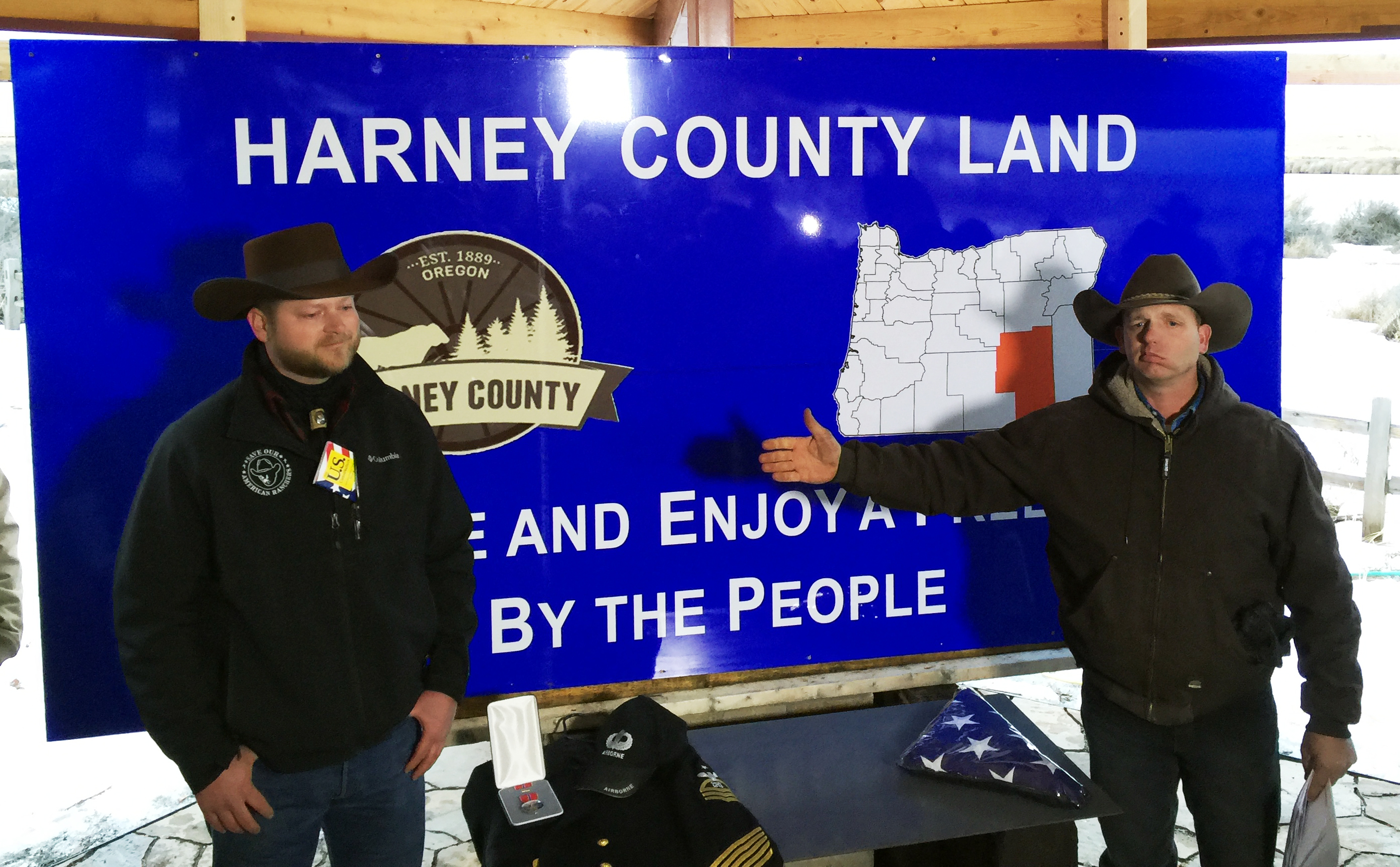 Oregon Militia Member Promises a 'Bloodbath' as FBI Moves In: 'This Is a Free-for-All…'