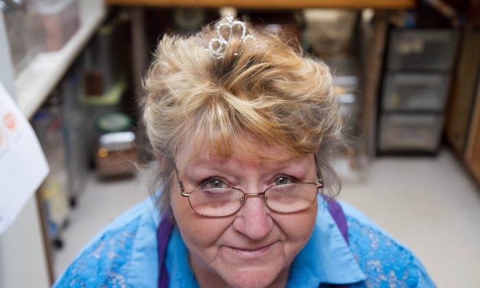 Betty Lou Kranz, the owner of Pretzel Princess in her kitchen in Deerpark where she makes pretzels on Jan. 29, 2016. (Holly Kellum/Epoch Times)