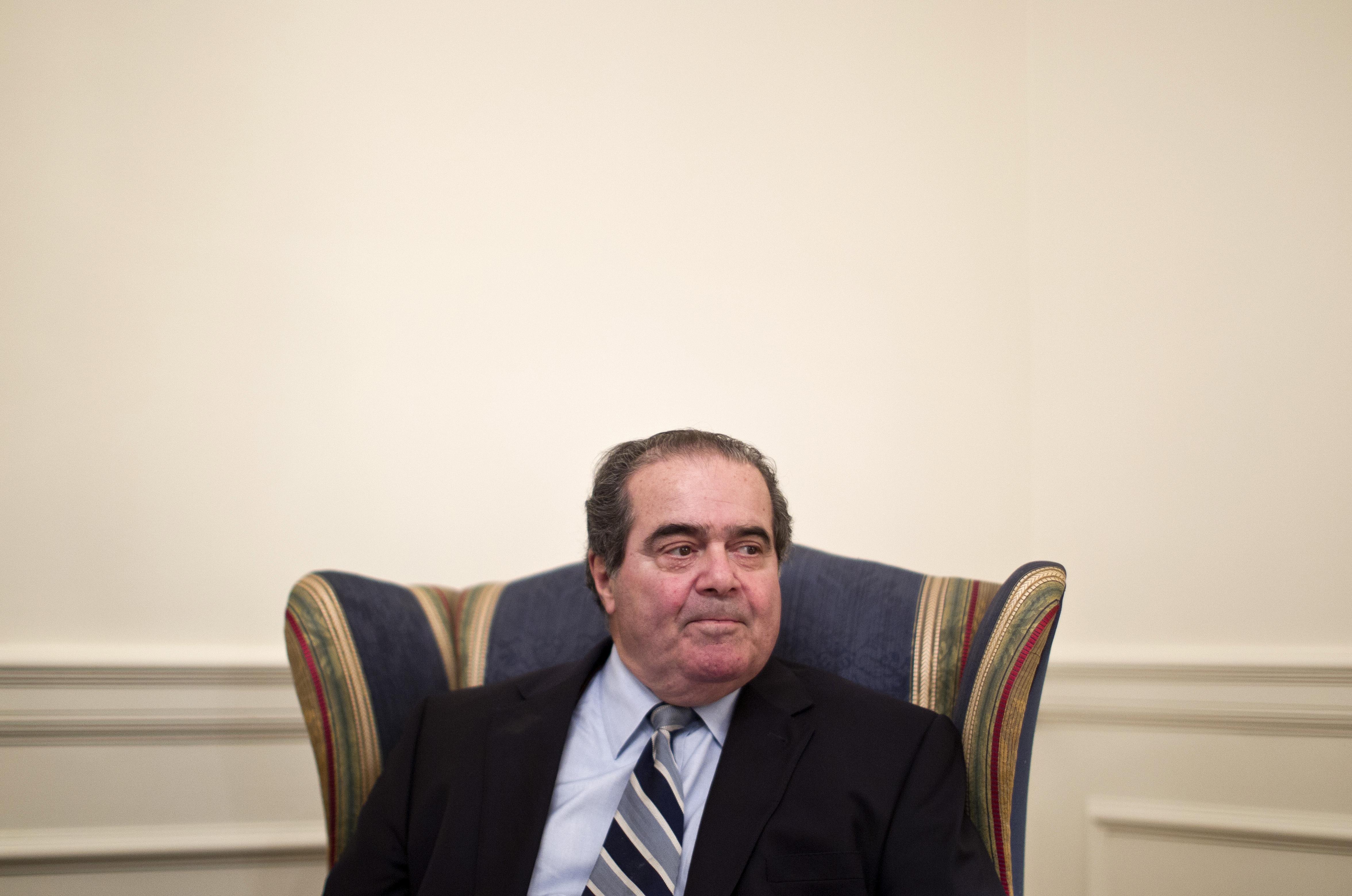 Obama to Nominate Scalia Successor 'in Due Time'