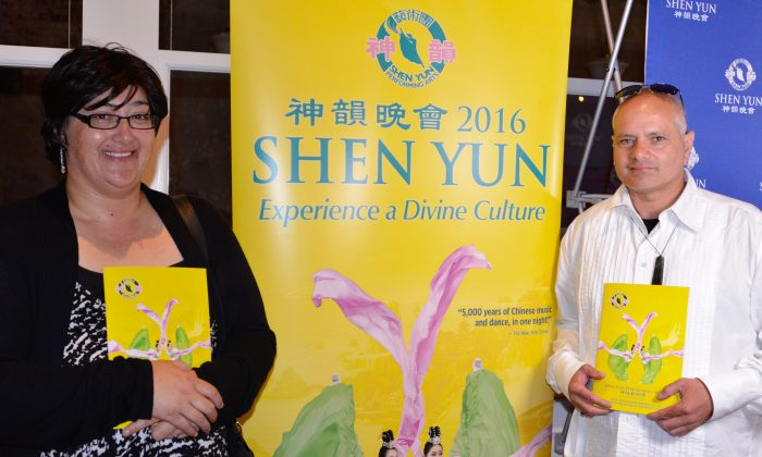 Ata Rixon and Paora Tepue attend Shen Yun Performing Arts at Wellington's St. James Theatre, on Feb. 16, 2016. (Courtesy of NTD Television)