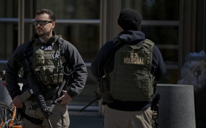 U.S. Marshals stand outside U.S. Federal Court in Brooklyn on April 2, 2015 in New York City. (Victor J. Blue/Getty Images, file)