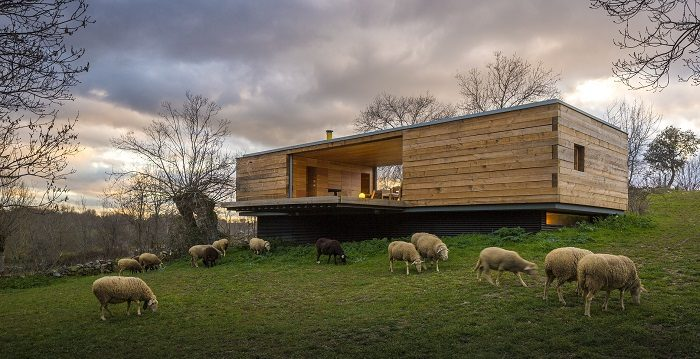 (Fernando Guerra, ©CHURTICHAGA+QUADRA SALCEDO architects)