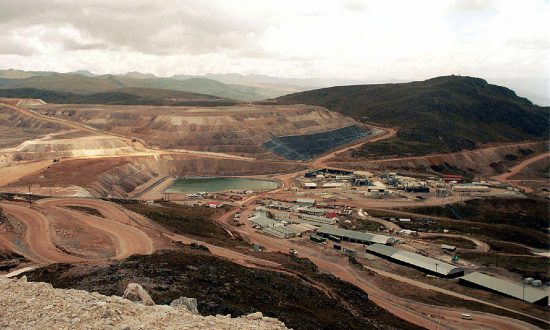 0c05ad84677e Newmont Takes Top Gold Producer Spot With  10 Billion Goldcorp Buy
